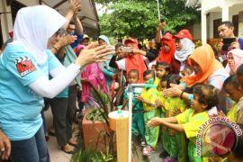 Siswa Sekolah Dasar Di Gorontalo Belajar