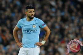 Aguero Bawa City Semi Final Piala Liga