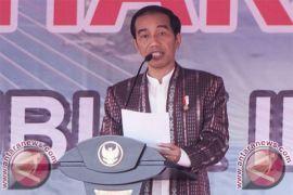 Presiden Jokowi hadiri puncak Hari Pers 2018 di Padang