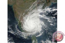 Topan Ockhi tewaskan 16 orang di India dan Sri Lanka