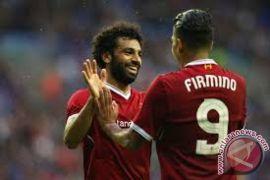 Liverpool kalahkan Huddersfield, Arsenal terungkur