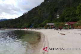 Wisata Pantai Biluhu Benahi Fasilitas Pikat Wisatawan