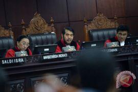 MK tolak Menolak Permohonan Uji Materi UU ITE