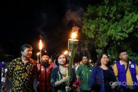 Obor Paskah Nasional Diarak di Gorontalo