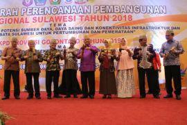 Gubernur se-Sulawesi Tandatangani Deklarasi Hulondalo
