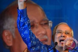 Polisi Gerebek Apartemen Keluarga Mantan PM Malaysia