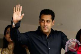 Pengadilan India Jatuhkan Hukukam Lima Tahun Penjara Kepada Salman Khan