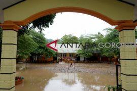 Banjir Hentikan Aktivitas Empat Sekolah di Gorontalo