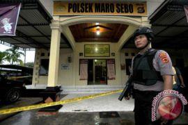 Kapolda Jambi Datangi Polsek Yang Diserang Orang Bersamurai