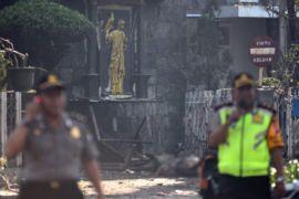 Polisi Selamatkan Seorang Bocah Perempuan, Diduga Anak Pelaku Bom