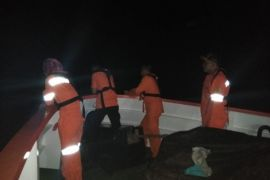 Basarnas Gorontalo Evakuasi KLM Bina Harapan