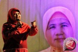 Mamah Dedeh Ceramah di Rest Area KM 57