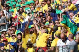 Suporter Brasil Berpesta Samba di Moskow