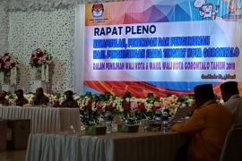Rekapitulasi KPU Kota Gorontalo Tetapkan Cawali Petahana Unggul