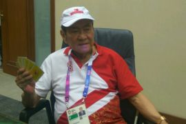 Berusia 78 Tahun, Bambang Hartono Atlet Paling Senior Kontingen Indonesia