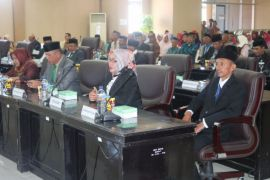 DPRD Gorut Apresiasi Tingkat Kepercayaan Masyarakat Masih Tinggi