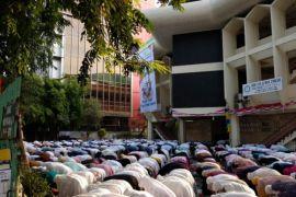 Sejumlah Jamaah Padang Rayakan Idul Adha Selasa