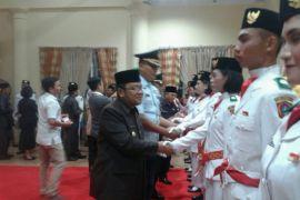 Bupati Indra Kukuhkan 33 Anggota Paskibra Kabupaten