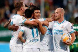Mark van Bommel Bicara Soal Kaus Messi
