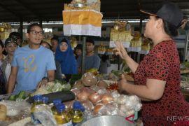 Sandiaga Sebut Pasar Tradisional Mampu Bentengi Kurs Rupiah