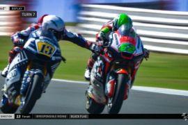 Pebalap Moto2 Didiskualifikasi Karena Meraih Pedal Rem Lawan