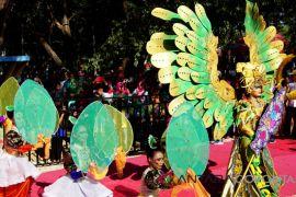 Karnaval FPDL Tampilkan Adat-Budaya Nusantara