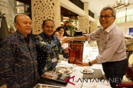 IMF-WB - RI-Malaysia Lanjutkan Kerja Sama Pengembangan UKM Ukiran Kayu