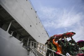 KRI dr Soeharso-990 Sudah Layani 2.371 Korban Gempa