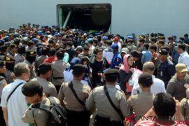 Polda Kawal Pengungsi Sulteng Ke Gorontalo