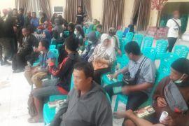 Puluhan Pengungsi Palu Tiba Di Gorontalo