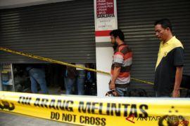 Polisi Periksa 12 Saksi Pembunuhan Sekeluarga