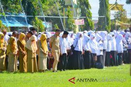 Bupati Gorontalo Utara Pastikan Honor GTT Naik