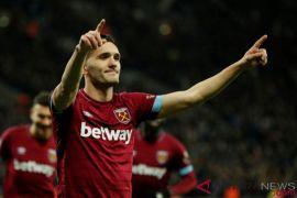 Lucas Perez Cetak Dua Gol, West Ham Bekap Cardiff