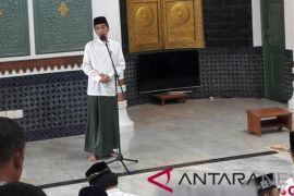 Presiden Serahkan Sertifikat Tanah Wakaf Di Aceh