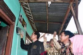 Presiden Pasang Listrik Gratis Untuk Keluarga Tak Mampu Di Bogor