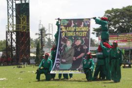 Mayor Dony Gredinand Jabat Danyon 713/Gorontalo