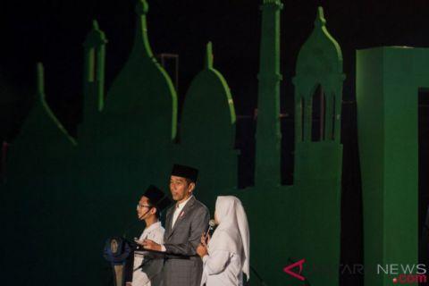 Ribuan Santri Nusantara Apel Akbar di Vastenburg