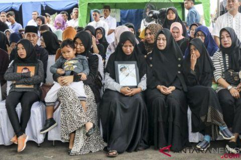 Jenazah Staf DPRD Babel Korban JT 610 Dikebumikan Pihak Keluarga