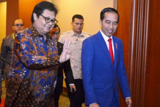 Jokowi Persilahkan Ketua Umum Parpol Bersaing Ajukan Cawapres