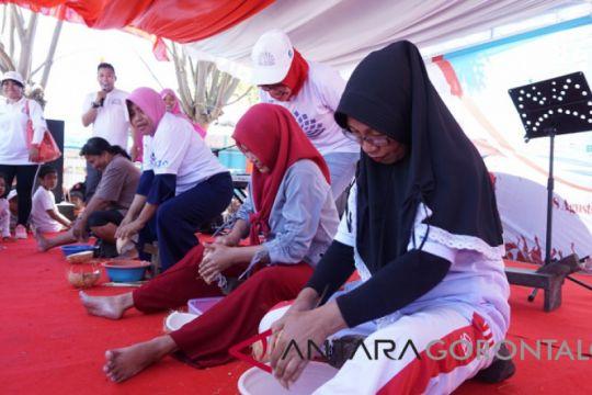 BUMN Hadir - Jamkrindo-Perumnas Semarakan Kemerdekaan Dengan Lomba Tradisional