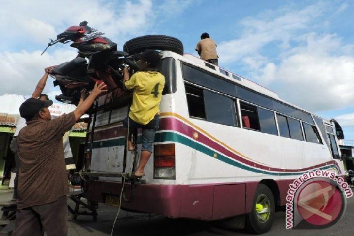 Jalur Lintas Sulawesi Gorontalo Utara Ramai Lancar