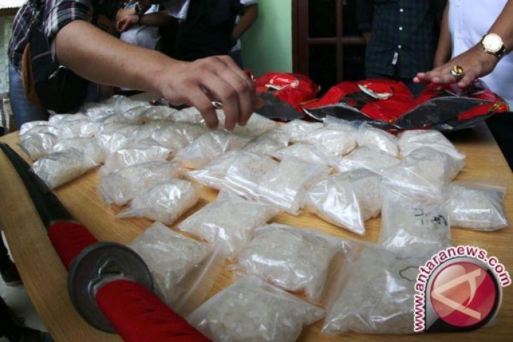 Oknum Polisi Bawa Sabu Satu Kilogram