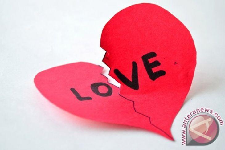 Cara Hadapi Putus Cinta