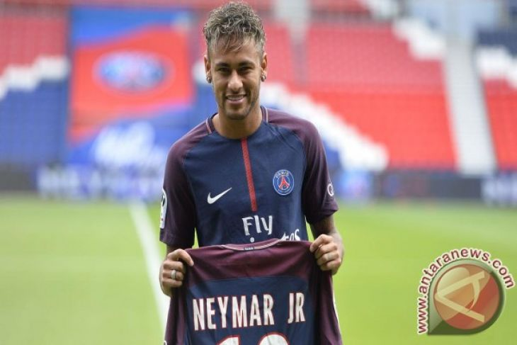 Presiden Barca Kritik Neymar Tidak Loyal