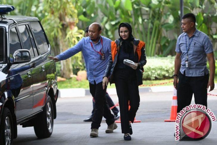 KPK periksa 11 saksi kasus Rita Widyasari