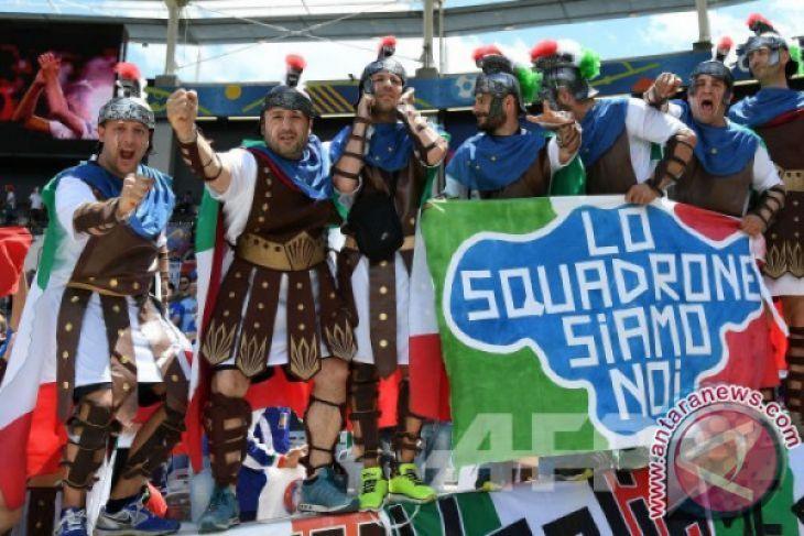 Tak lolos Piala Dunia, begini tulis media-media di Italia