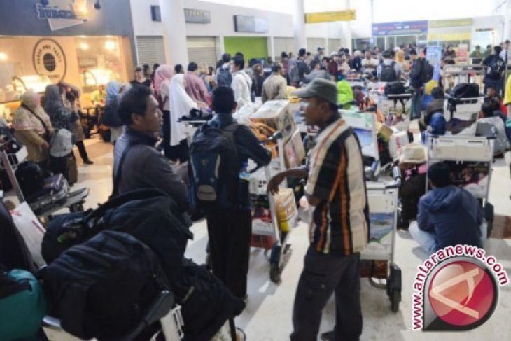 Penumpang Bandara Samrat H+4 Lebaran Meningkat