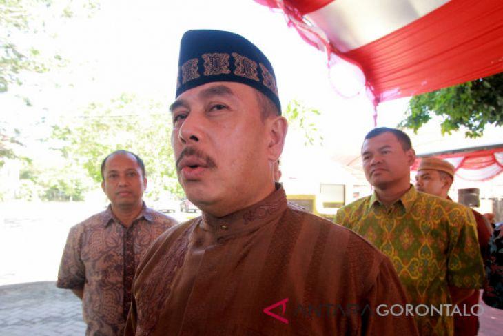 Gegana Polda Gorontalo Hancurkan Tas Mencurigakan Di Pos KTL