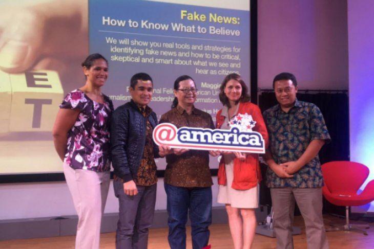 Subjektifitas Dapat Mempengaruhi Individu Percaya Berita Bohong