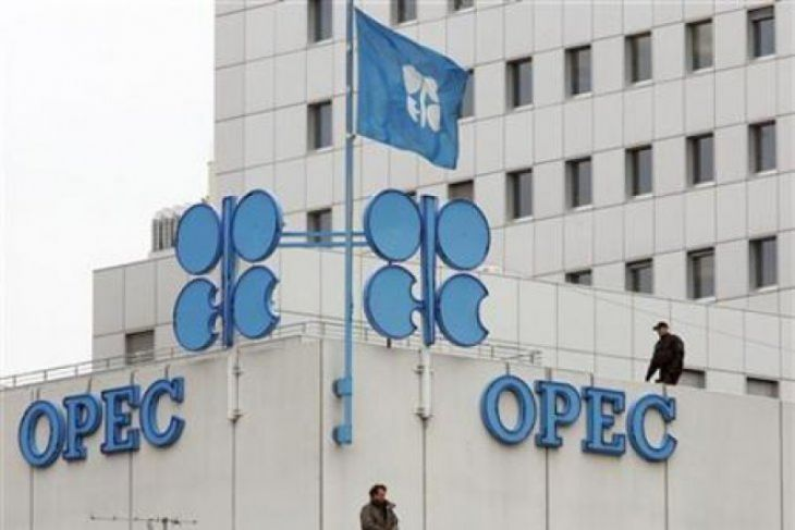 Harga Minyak Berbalik Naik Setelah Rusia Bersedia Bekerja Sama Dengan OPEC
